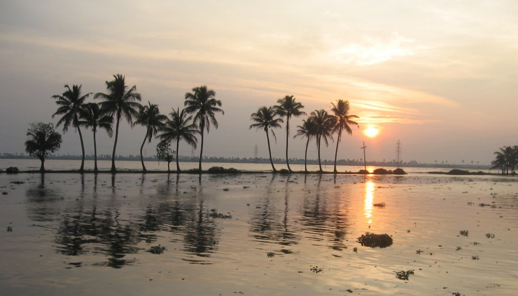 Kerala_Backwaters_Sunset